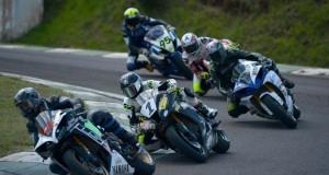 Motociclismo: Zapaya clasificó 2º y Silveira 4º; hoy desde las 14 corren las finales en Toay