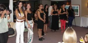"""Inauguraron muestra de """"Mujeres en el arte"""" en los salones del hotel Posadas Urbano"""