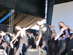 La Popular, compañía de danza, el singular grupo que honró con su obra a las Abuelas de Plaza de Mayo