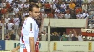 El pibe Ostrowski debutó como titular en la B Nacional y no defraudó