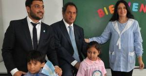 """Scioli apuntó a """"las contradicciones profundas que se expresan día a día en el espacio político"""" que encabeza Macri"""