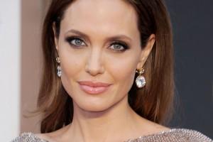 Angelina Jolie se extirpó los ovarios para evitar el cáncer