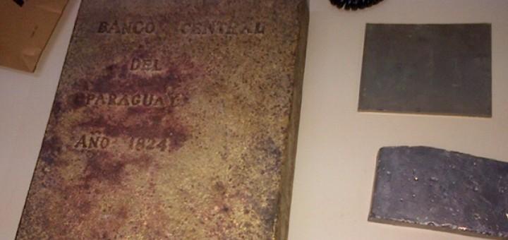 Oro incautado en el puente: el padre de los detenidos dice que desenterró el lingote en un pueblo de Caazapá