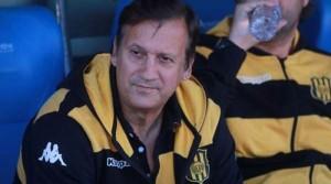 """Walter Perazzo: """"Crucero está como los otros, acomodándose, hay que darle 10 fechas y será fuerte acá"""""""