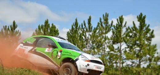 Rally Misionero: Los Vidal Rodríguez mandan en una jornada signada por el piso embarrado; mañana se corren 4 primes