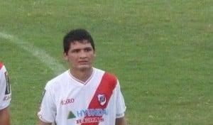 """En Guaraní, """"Chaucha"""" manda otra vez a Narese al medio y arma una línea de cuatro con más marca"""