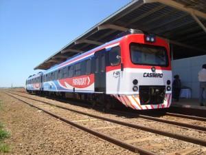 """""""El tren Posadas-Encarnación, todos los días rompe récords de cantidad de pasajeros y se está llegando al límite operativo"""""""