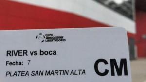 """Por un """"lamentable"""" error, River cambiará algunas entradas para el Superclásico"""