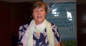 De artesana de la plaza a emprendedora de pañuelos, chalinas y ahora madrina de la tecnicatura en Economía social y Desarrollo local