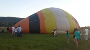Levantaron vuelo los globos aerostáticos en el Parque de la Cruz de Santa Ana