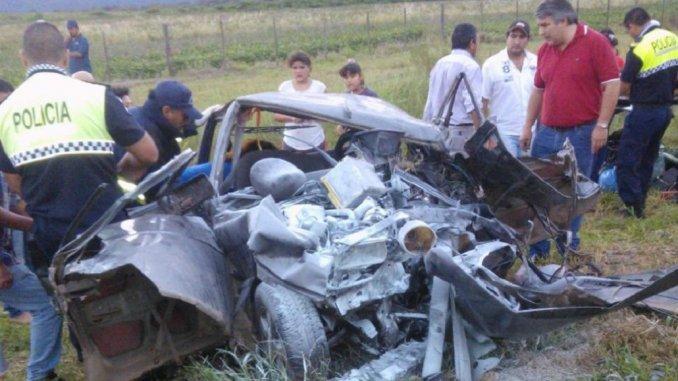Tragedia en Tucumán: tres muertos por un choque frontal en la ruta 38