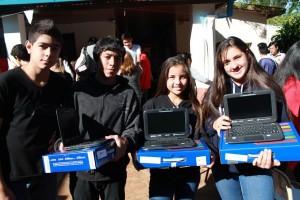 Más de 6 mil estudiantes misioneros recibieron sus netbooks entre el 21 y el 25 de este mes
