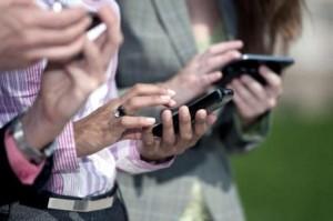 Las líneas de telefonía móvil activas superan los 37 millones de aparatos