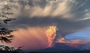 Misioneros cuentan cómo se vive en Bariloche la erupción del volcán Calbuco en Chile