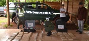 El Alcázar: detienen a dos hombres acusados de transportar marihuana en valijas