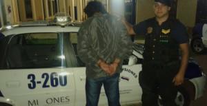 Posadas: entró a un velorio, golpeó y le robó el celular a una mujer, pero lo detuvieron los deudos del muerto