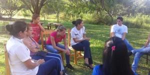 Trabajan en la contención psicológica de los compañeros de la chica asesinada en Piray