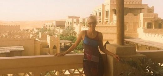 Ingrid Grudke en Emiratos Árabes, trabajando y recorriendo