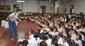 """Estudiantes disfrutaron del espectáculo """"Mozart va a la Escuela"""""""
