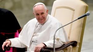 El Papa evalúa hacer una parada en Cuba durante su viaje a EEUU