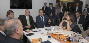 Scioli se reunió con el gobernador de Chubut para avanzar en una agenda de temas comunes