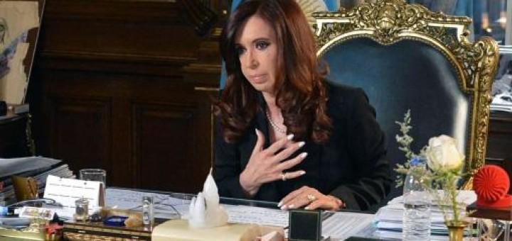 """Cristina sobre la relación entre Nisman, los buitres, las autoridades AMIA y DAIA y los lobbys norteamericanos: """"Todo hace juego con todo"""""""