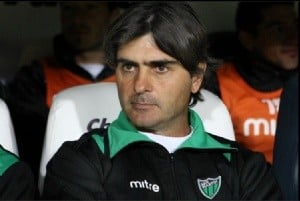 El nuevo técnico de Guaraní sería Rubén Darío Forestello