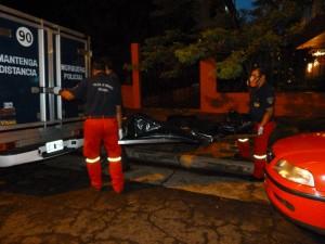 Posadas: un policía murió electrocutado mientras limpiaba el auto con una hidrolavadora