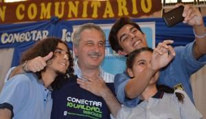 """Conectar Igualdad: """"Entregar netbooks es entregar futuro a los jóvenes"""", dijo Passalacqua"""