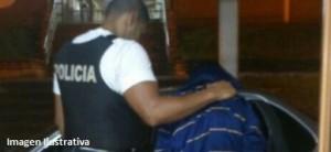 Detuvieron en Posadas a un joven que amenazó a una mujer para robarle el celular
