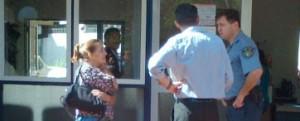 Crimen del empresario: la novia declaró que el sicario siguió disparando pese a que Manhardt ya estaba en el suelo