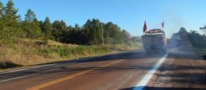 Vialidad nacional realiza tareas de señalamiento horizontal en las rutas 14 y 12