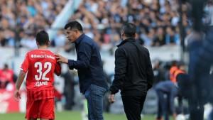 Chau Almirón: dejó de ser el director técnico de Independiente