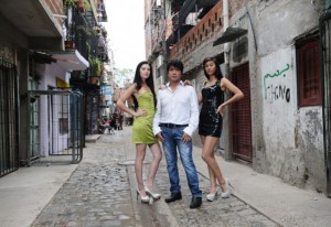 Dolce-Gabbana eligió a tres modelos de una villa de Buenos Aires para un desfile en Milán