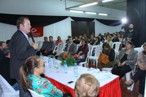 250 estudiantes del Instituto Saavedra recibieron becas del PROGRESAR