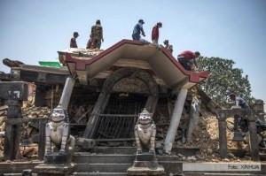 Otro terremoto en Nepal, a tres semanas del primero y sus réplicas que causaron casi 8.500 muertos