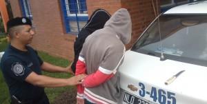Detuvieron a dos menores que andaban en actitud sospechosa y portando cuchillos