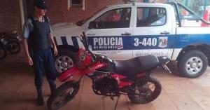 Recuperaron moto robada en Cerro Azul hace tres meses