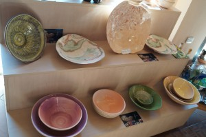 Lujan Olivera expone alfarería utilitaria en la Fundación de Artesanías Misioneras