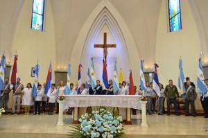 Oberá celebró el aniversario del 25 de Mayo en la catedral San Antonio