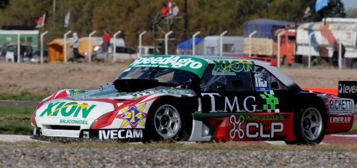 """Turismo Carretera: Por fin un Torino se impuso a los """"Chivos"""" en la clasificación y le pudo ganar al Chevrolet de Rossi"""