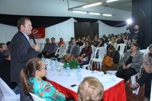 Unos 250 estudiantes del Instituto Saavedra recibieron becas del PROGRESAR