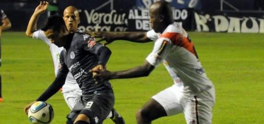 Guaraní cayó 1 a 0 ante Patronato en un partido muy disputado en Paraná
