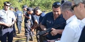 Franco  recorrió campo de entrenamiento de futuros agentes de la Policía