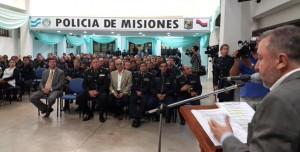 Franco lanzó un curso de motivación y atención al público para los integrantes de la Policía