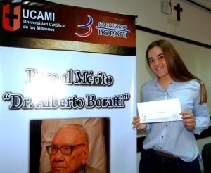 María Celeste Ferreyra obtuvo la beca Dr. Alberto Boratti por el mejor promedio en el ingreso a Medicina en la UCAMI