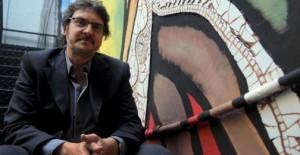 """Pigna: """"El sable corvo de San Martín tiene una historia apasionante"""""""