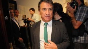 Urribarri bajó su candidatura presidencial