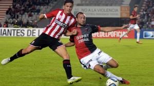Estudiantes y Colón no lograron pasar del empate en La Plata