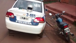 Detuvieron a un motociclista por realizar maniobras peligrosas e intentar sobornar a los policías